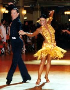 misschien kan de salsa niet tippen aan het technische niveau van de latin dansers maar hebben de latin dansers ook 'sabor' ?